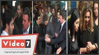 حميد الشاعرى ومحمد عدوية ومنه فضالى يؤدون واجب العزاء فى وفاة وائل نور