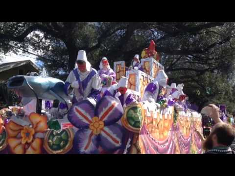 2017 Krewe of Ponchatrain Parade  New Orleans Mardi Gras