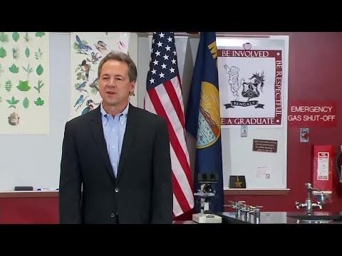 Bullock takes presidential campaign to Iowa