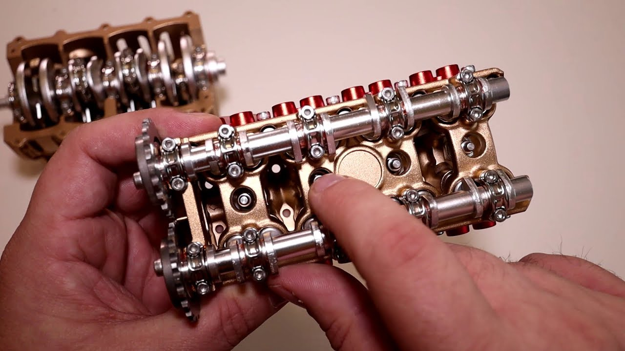 maquette de moteur en metal roulez des mecaniques