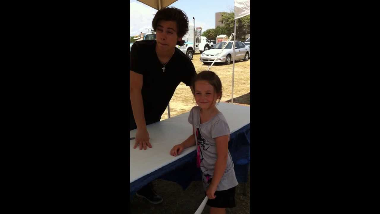 Ashlyns meet and greet jake t austin from wizards of waverly ashlyns meet and greet jake t austin from wizards of waverly place youtube kristyandbryce Images