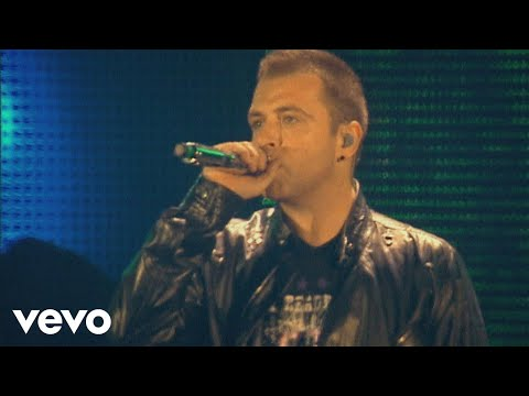 Westlife - When You're Looking Like That (Live At Croke Park Stadium)