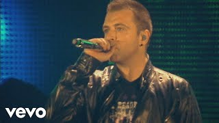 Westlife - When You're Looking Like That (Live At Croke Park Stadiu...