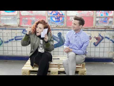 Jess Glynne Covers Adele 'Hello'... BY HUMMING IT!