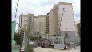 Фундамент оседает, трещины увеличиваются(Многоэтажка в Октябрьском районе восемь лет, но собственники квартир уже всерьез обеспокоены ее состояние..., 2013-09-26T11:57:47.000Z)