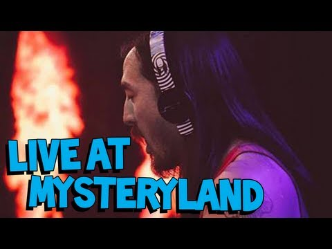 """Aoki Jump"" and ""Pursuit of Happiness Remix"" - Live at Mysteryland 2013 - Steve Aoki"