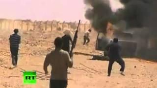 أقوي مقطع في الثوره ثوار مصراته يصطادون مرتزقة القذافي