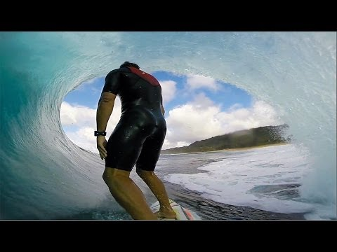 GoPro: Anthony Walsh incredible Pipeline barrel
