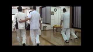 交野市 後縦靭帯骨化症、脊柱管狭窄症の歩き方。