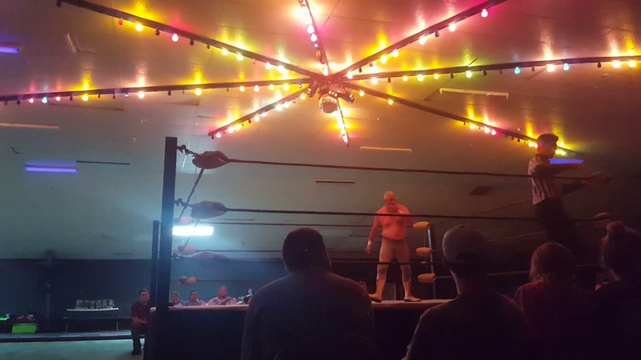 Christopher Winner vs Dixie Dynamite Billy Knight 7 22 17 Funtime