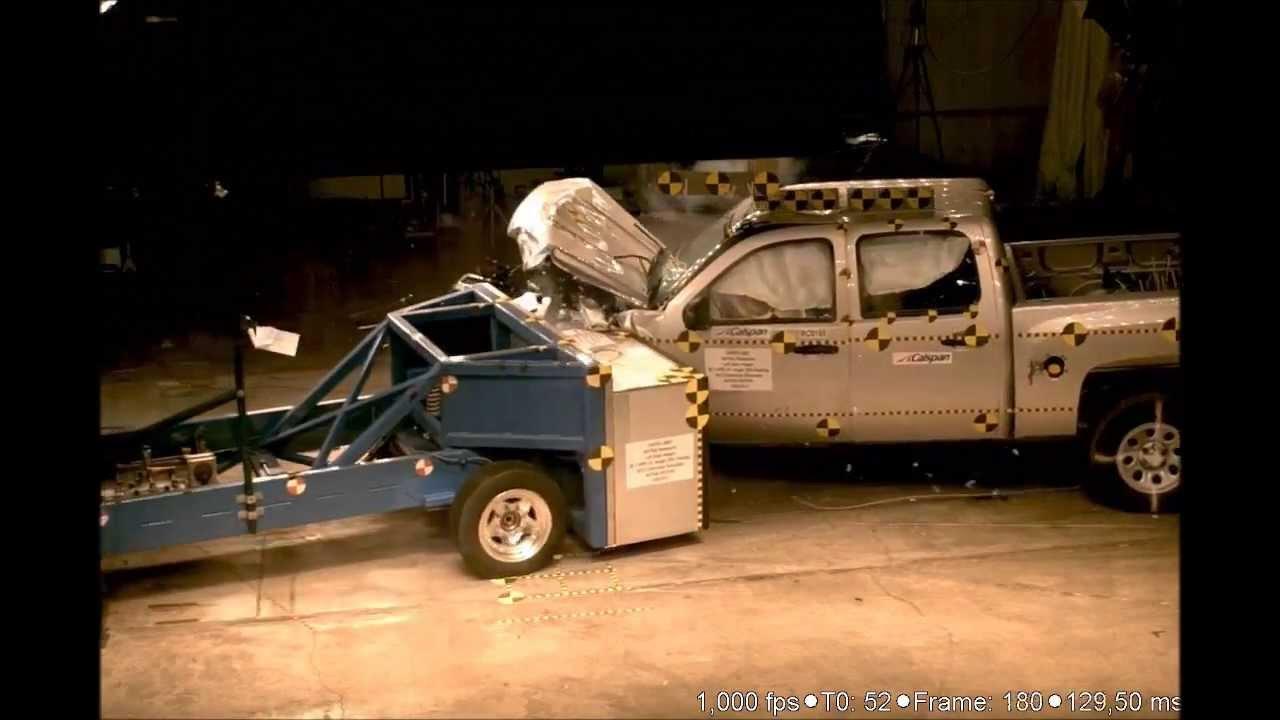 Nhtsa 2012 chevrolet silverado 15 angle 35 narrow small overlap frontal crash test