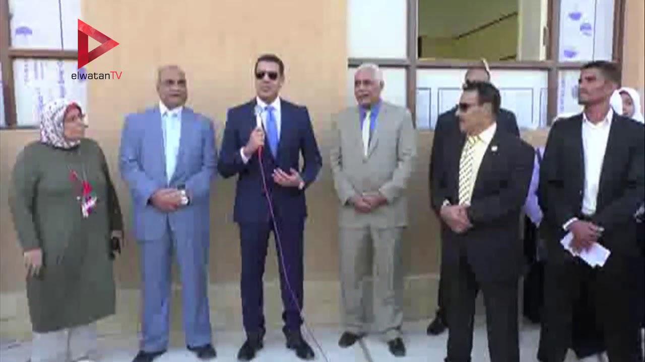 الوطن المصرية:محافظ أسيوط يفتتح 3 مدارس بـ10 ملايين جنيه..  ويحضر طابور الصباح
