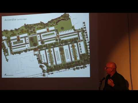 Andrew Grant speaks at the Widcombe Association meeting on 19th October 2017
