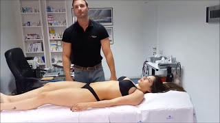 Хиропрактик правит сексуальную девушку  Very beautiful patient