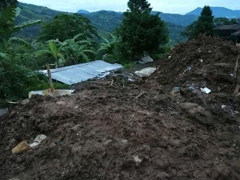 Presidente Iván Duque llegó a Rosas, Cauca, para ayudar a afectados por alud que ya deja 17 muertos