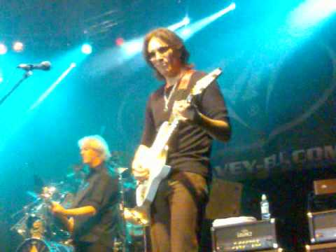nicko mcbrain and steve vai - going down - london music exhibition 06 2009