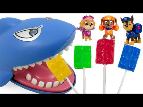Learing Colors with Paw Patrol Shark Nursery Rhyme Family Finger Song | Fizzy Toy Show