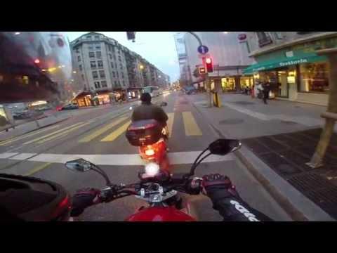 Observation quotidienne #7 Rouler en ville de Genève