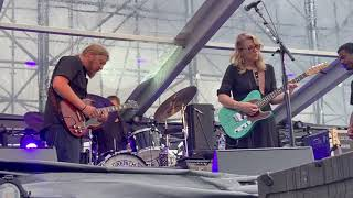 Derek Trucks solo - Why Does Love Got To Be So Sad