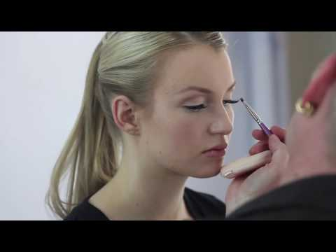 Bold Lash, Beautiful Skin, & Matte Lips | Hot, WEARABLE Runway Look // Robert Jones