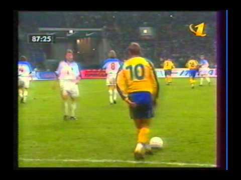 1999 (October 9) Russia 1-Ukraine 1 (EC Qualifier).avi