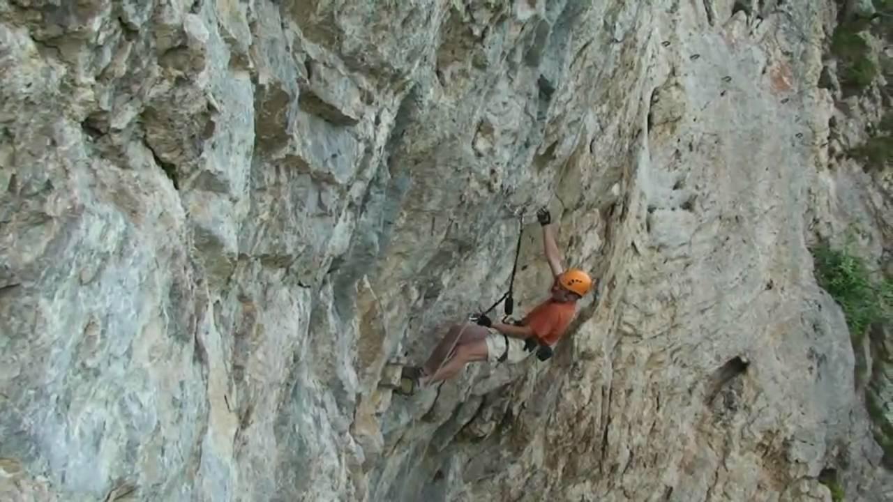 Klettersteig F : Ferrata extreme der vielleicht schwerste klettersteig welt