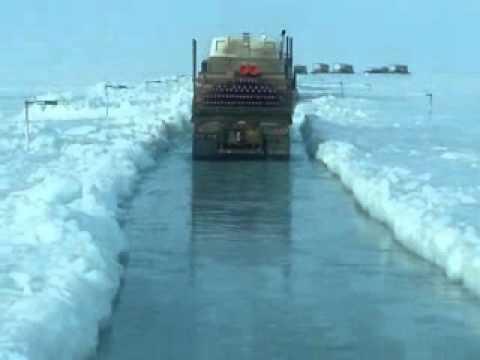 "Dalton highway flood, real ""ice road truckers"" 4-1-15"