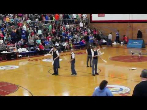 Hanson Family Perform Harlem Globetrotters Halftime Show