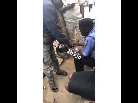 Naija Police Business Centre, Nigeria Police taking bribe