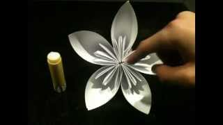 Faire une fleur en origami - Fleur en papier - Astuce pliage en origami - Jolie fleur