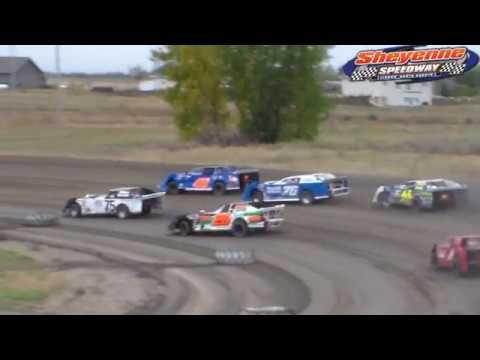 Sheyenne Speedway WISSOTA Super Stock Races (9/30/18)