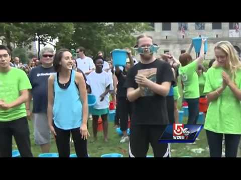 Hundreds take Ice Bucket Challenge in Copley Square