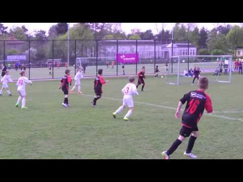 Hallescher FC vs FavAC
