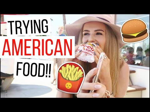 TRYING AMERICAN FOODS // VEGAS VLOG #1!