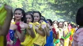 Download Video 5.035 Penari Gambyong Cetak Rekor Dunia MURI MP3 3GP MP4