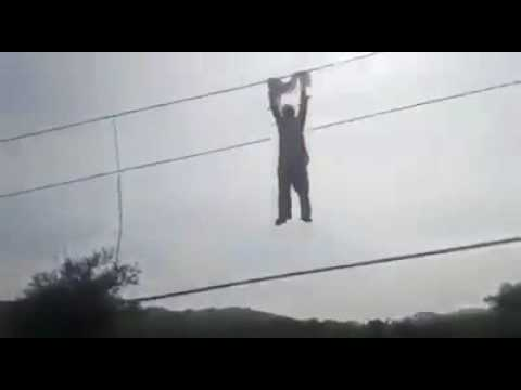 People play with electricity cables during load shedding in Pakistan - FUNNY