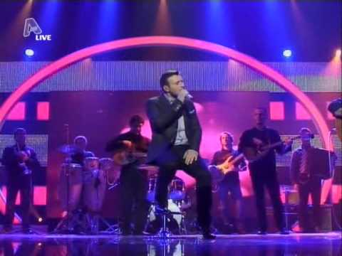 Greek Idol 2010 - Live Show 1 - Giannis Ploutarxos (Part 1)