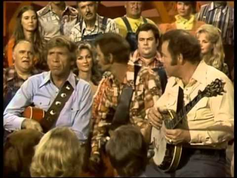 Big Rig - Hee-Haw Star Roy Clark Dead At 85. Loved That Show.