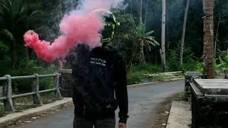 Download Video Dj Dasar Lo Anjay - Versi Smoke Bomb MP3 3GP MP4