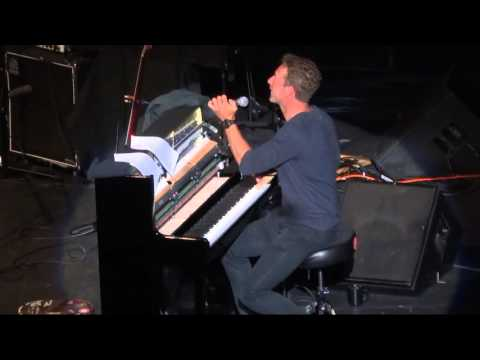 """Clocks"" (Live) - Chris Martin - Oakland, Fox Theater - April 30, 2016"