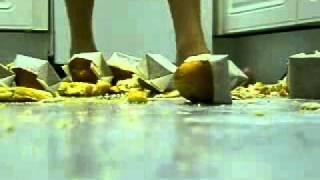 Crushing Food.flv