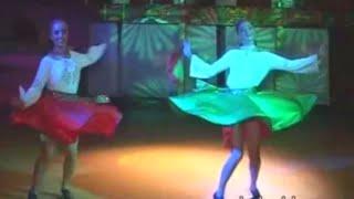 Народные танцы folk dances フォークダンス Volkstänze Les danses folkloriques Las danzas