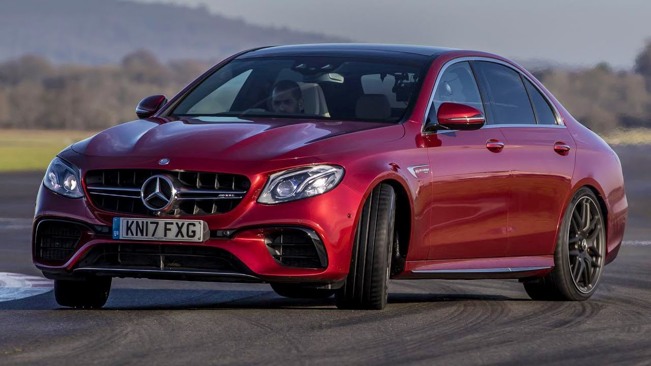 BMW M5 vs Mercedes AMG E63 S | Top Gear: Series 26