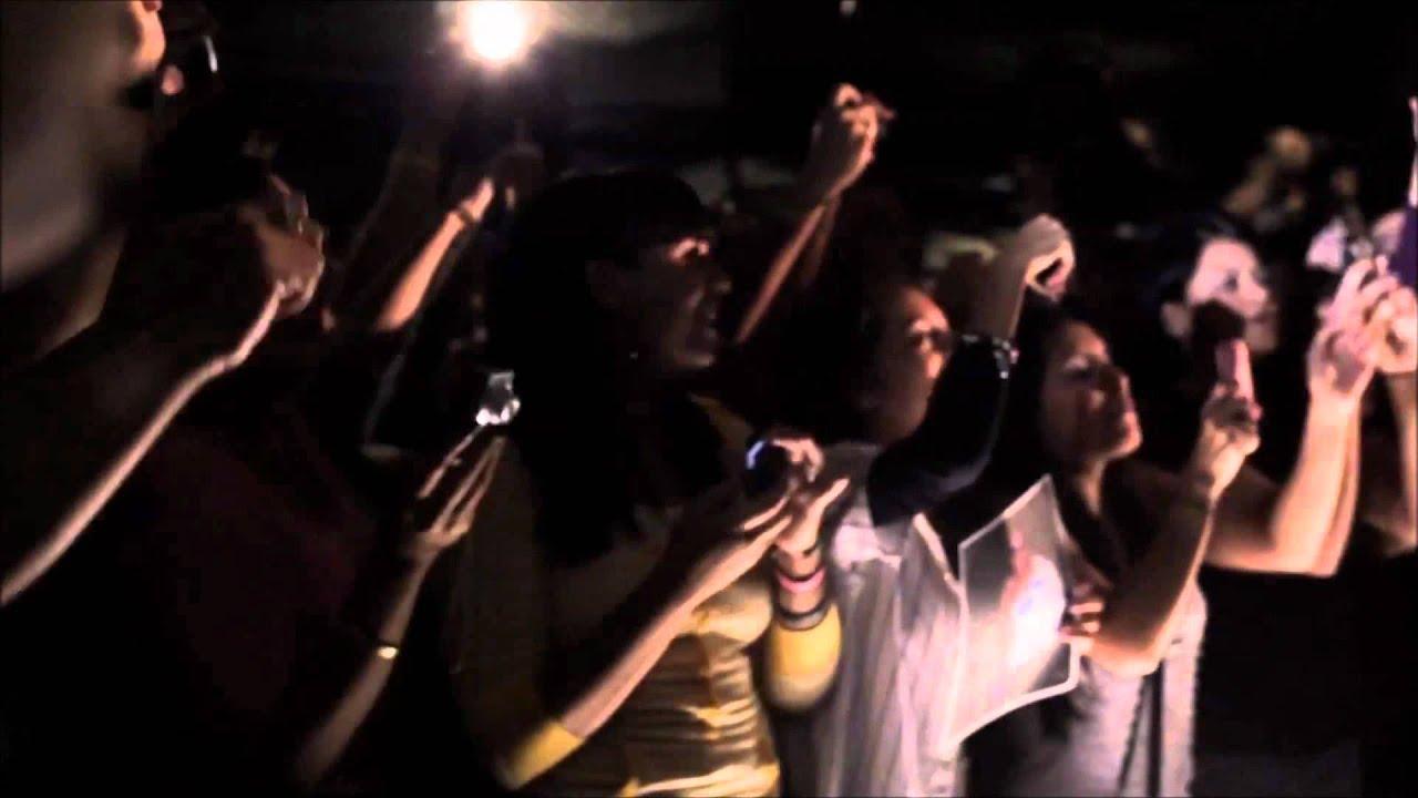 Daddy Yankee - Ven Conmigo live - YouTube