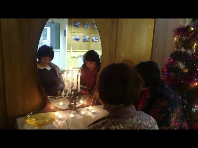 Изображение предпросмотра прочтения – «Детская районная библиотека» читают отрывок изпроизведения «Светлана» В.А.Жуковского