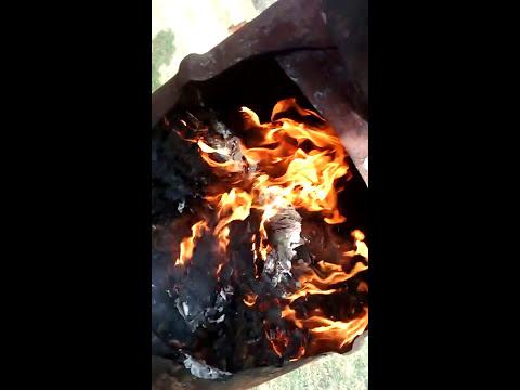 My diy incinerator, no smoke (NEW GOFUNDME LINK IN DESCRIPTION)