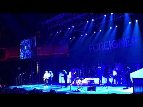 """Foreigner (Current & Original Lineup) """"I Want To Know What Love Is"""" & """"Hot Blooded"""" Mp3"""