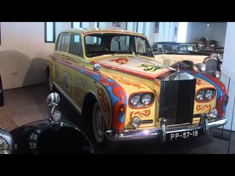 "Rolls-Royce England 1968 8 cylinders 6200 cc Phantom VI ""Flower Power"" Automobile Museum of Malaga"