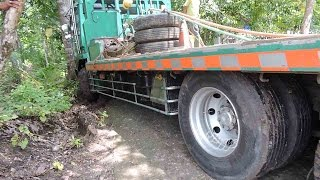 Fuso Self Loader Truck Stuck(WARNING!!! NO TV BROADCAST WITHOUT PERMISSION!!! NO RE-UPLOAD!!! MrZygy3., 2016-04-08T16:39:45.000Z)