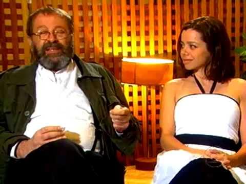 Carlos Vereza apresenta a filha Larissa Vereza (2009)